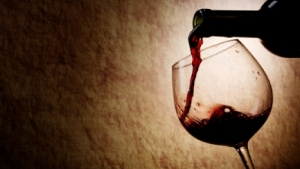 Why-a-glass-of-wine-a-day-could-keep-your-pain-away
